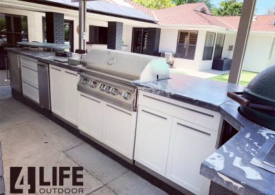 4 Life Outdoor Lion grill with XL kamado white outdoor kitchen