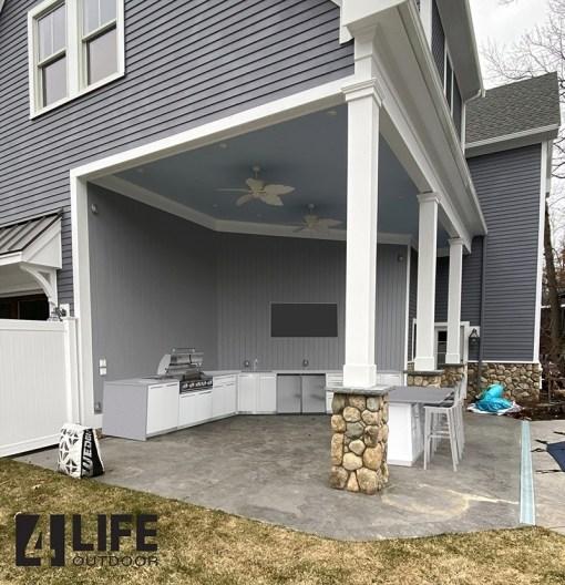 Customer design: Alois - White 12 PC Outdoor Kitchen: 4 x 2-door Cabinet, 2x Drawer +2-door Cabinet, 1x3-Drawer Cabinet, 1xBBQ Cabinet, 2 x side panels, 2xback panels 17