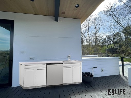 Customer image Krolak: White 4 PC Stainless Steel Outdoor Kitchen Island: 2 x Drawer+2-Door Cabinets, 2 x side panels 9
