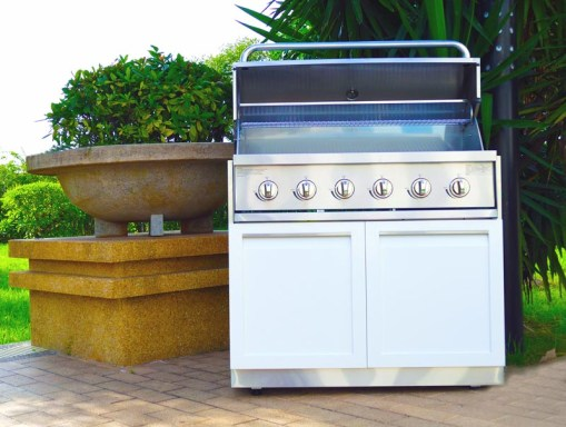 White 5 PC Outdoor Kitchen Cabinets: 1xBBQ Grill Cabinet, 1xDrawer+2-Door Cabinet, 1x2-Door Cabinet, 2x34 countertops 14